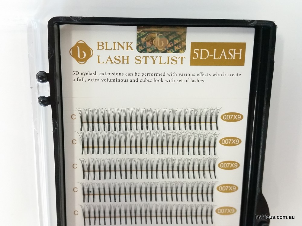 Blink 5D pre-made volume fan lashes