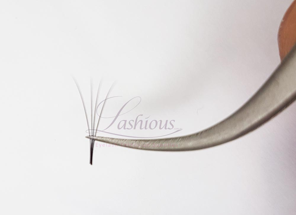 Light Volume Tweezers by Lashious